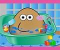 Pou Tomando Banho